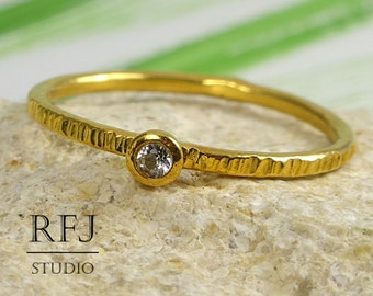 Natural White Topaz Textured Golden Ring, 24K Yellow Gold Plated 2 mm Round Cut Genuine Topaz Stacking Ring April Birthstone Gold Stack Ring