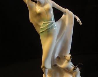 "Royal Doulton figurine ""Harriet"" nbr HN 3794   height =23cm"
