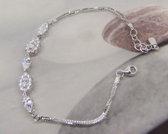 Bracelet 925 sterling silver and Zirconium Oxide white