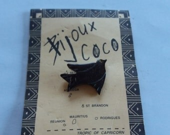 Vintage Dove Bijoux Coco Charm Brooch - Lucky - Kitsch Boho Chic - Souvenir Brooch
