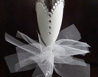 Bridal Champagne Glass, Bride Champagne Glass, Bachelorette Champagne Glass, Bride Champagne Flute, Bridal Champagne Flute, Bridal Flute