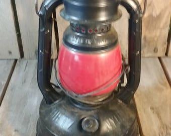 Vintage Dietz Lantern/Antique Lantern/Metal Lantern/Old Lanterns/Red Glassed Lantern/Lanterns Vintage/Black And Red Lantern/
