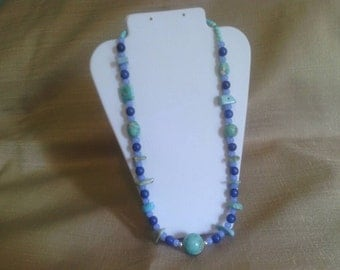 313 Bohemian Primitive Style Turquoise and Glass Beaded Choker