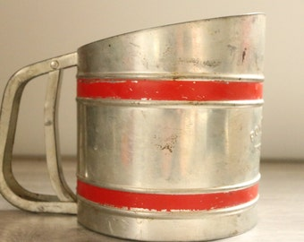 Flour Sifter by Power-Sifter