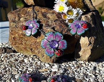 Set flowers pastel colors with their Ladybug made in fimo
