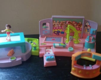 POLLY POCKET Gym Turnfest Play Set and uneven parrelle bar gym with 1 magnetic doll