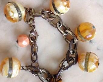 Vintage bead link bracelet costume jewellery