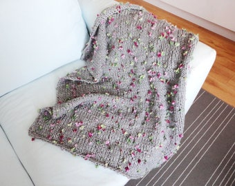 Chunky knit blanket, grey bulky yarn, throw blanket, hand knitted blanket, floral blanket, photo prop, cottage chic baby crib blanket