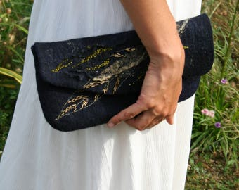 Nice cover elegant purse for the black evening
