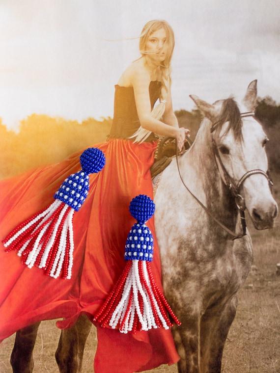 """Tricolor seed beads beaded Dangle Tassel Clip on Earrings, Oscar De La Renta styled, 3"""", American Flag"""