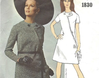 1967 Vintage VOGUE Sewing Pattern DRESS B31 (1423) By Bill Blass Vogue 1830