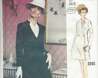 "1969 Vintage VOGUE Sewing Pattern B36"" DRESS (1335) By Jo Mattli of London"