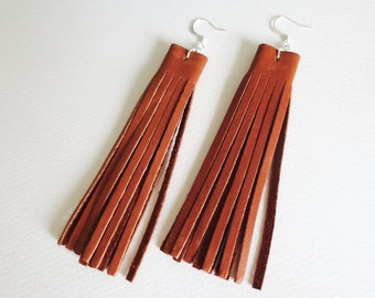 Tan brown leather fringe earrings | Tan brown leather tassel earrings | Boho tassel earrings | Boho fringe earrings | Leather earrings