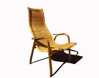 Scandinavian mid century modern Yngve Ekström (1913-1988) Kurva Caned Lounge Chair