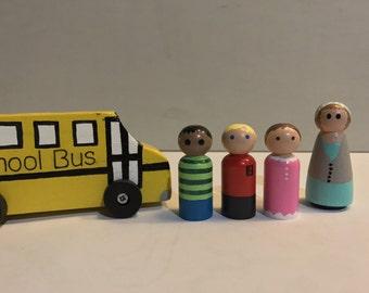 Wooden School Bus Peg People Playset