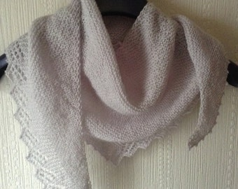Fine Merino Small Shawl, Shawlette, triangle, silver, grey, lace weight, wool, scarf