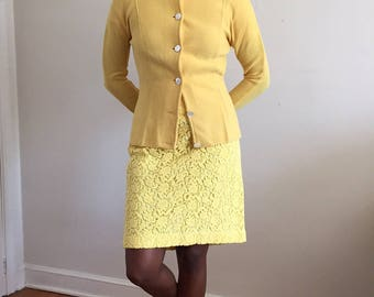 Vintage 70s Lemon Yellow Italian Wool Knit Crewneck Button Front Sweater  / 1970s Limoncello Cardigan Made in Italy