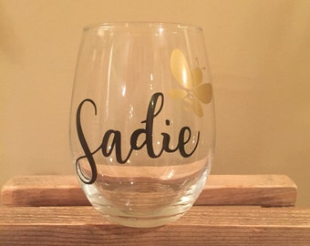 Personalized stemless wine glass with bee  black and gold