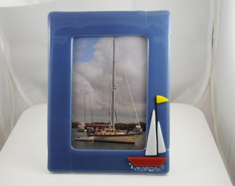 Fused glass picture frame for 5x7 picture