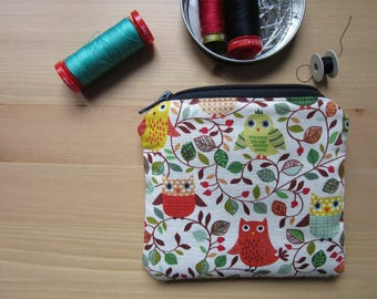 Coin purse with fabric owls
