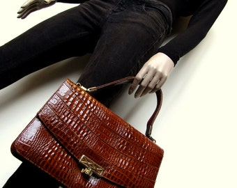 Awsome mock croc brown/tan vintage handbag