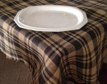 Burlap plaid  table  cloth. Black plaid