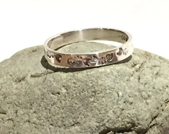 Sterling Silver Band Ring With Fish Detail
