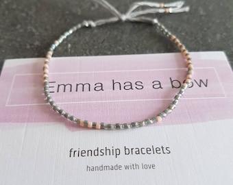 Filigree Friendship Bracelet in grey me aprikotfarbenen accents