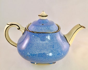 Cute vintage teapot for two, Wedgwood, 1940s