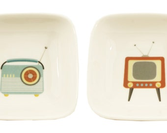 little radio and tv dishes