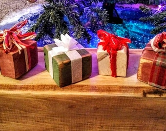 Rebecca's  mini wood Presents...set of 3 of your choice