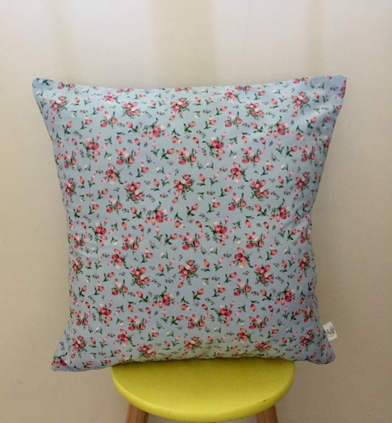 Retro inspired floral roses cushion cover 45cm x 45cm blue