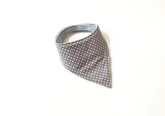 Polkadot bandanna drool bib // gender neutral baby bib//Dribbble bib//gender neutral baby gift//monochrome baby bib