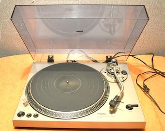 Technics SL 1800 Manual Direct Drive Turntable 1977 No Cartridge, Tone Arm Clip Broke