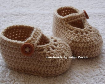Crochet baby girl shoes, baby slippers, crochet baby booties, handmade baby sandals, baby shower gift, baby booty, baby boots