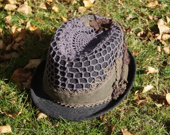 Customised gray felt trilby hat, short brim, unique design.
