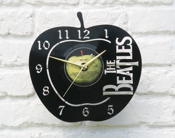 The Beatles vinyl record wall clock, ideal for home decor, unique gift present and hand made art, interior design for music fan, 011