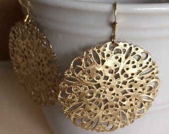 Medium gold plated filigree earrings