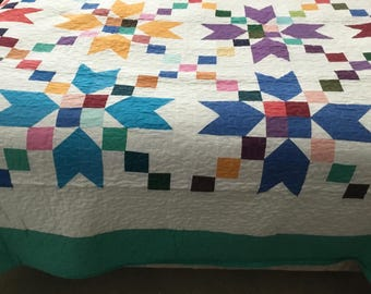 Super king quilt in various colors. 102x102