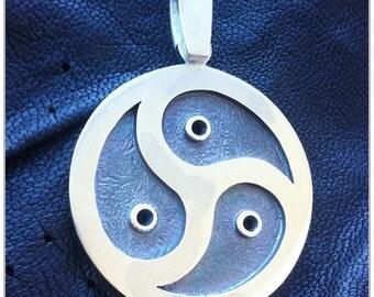 BDSM Triskele Symbol pendant,Large BDSM Emblem Handmade Pendant, Steling silver (925), Oxidized Black Center, Unisex, XL