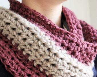Chunky Knit Grey Cowl, Spring knit Scarf, Mens Knit Cowl,  Mens Cowl Scarf, Lightweight Cowl, Knit Infinity Scarf, Mens scarf, Mens cowl