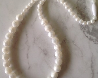 Silicone Teething Necklace - White Pearl