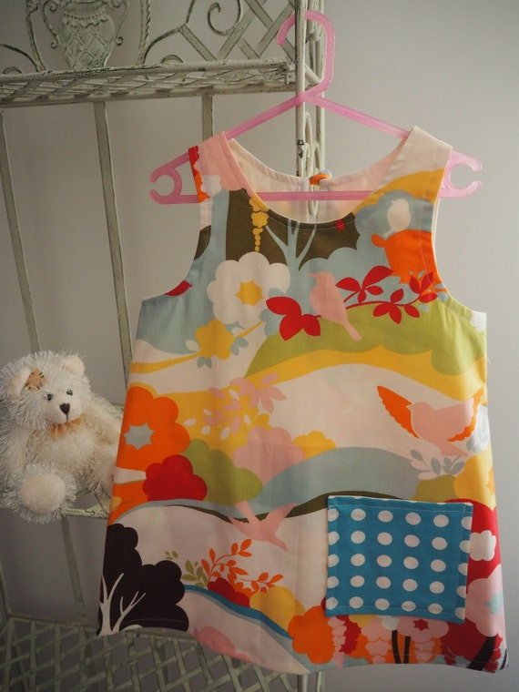 Bright Oh Deer! Printed Dress with Polka Dot Pocket. Size 4