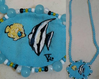 NECKLACE with fish in embroidery