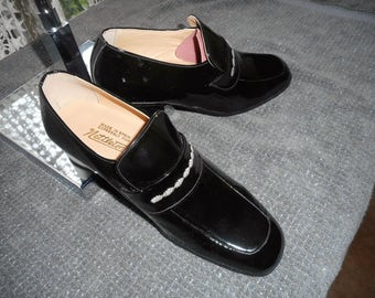 SupperAwsom Vintage Mens Shoes  60's or early  70's by  NETTLETON Made in SPAIN  71/2D Never Worn