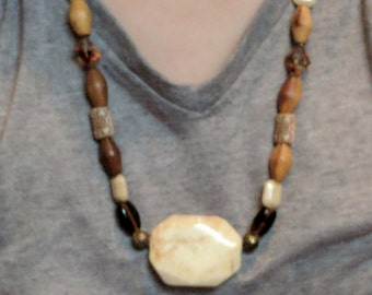 Wooden and Agate Necklace