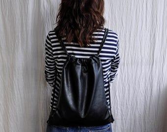 Black leather backpack rucksack/leather bucket bag