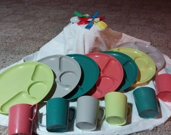 If you like retro, here is a picnic set for you. Gothamware  set of dishes and cups. Estate found.