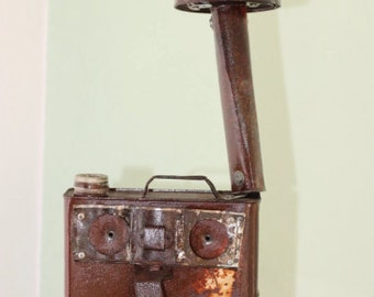 Chimni - Robot figure lamp with lacquered rust finish