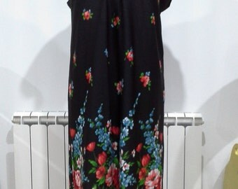 Vintage 1970s black maxi dress size 44/46